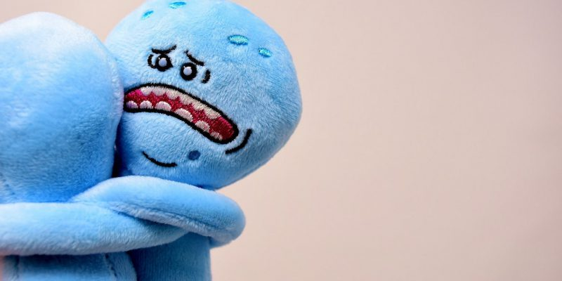 Due pupazzi spaventati dal blue Monday