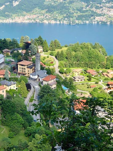 Civenna vista sul Lago di Como
